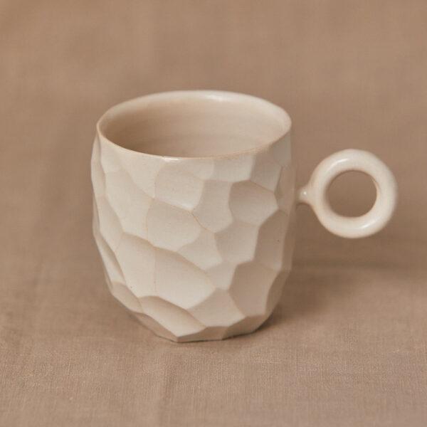 Taza con asa Virgen cerámica